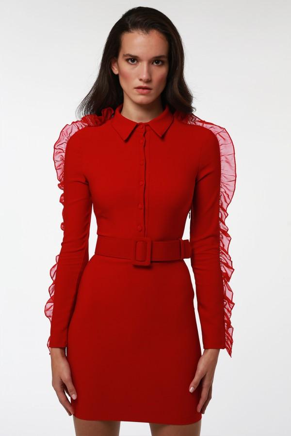 Kırmızı Kolları Fırfır Detaylı Kemerli Elbise