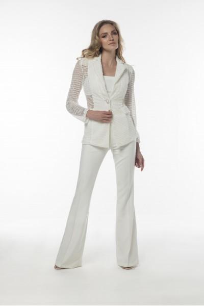 Beyaz İnci Düğmeli Örme Ceket