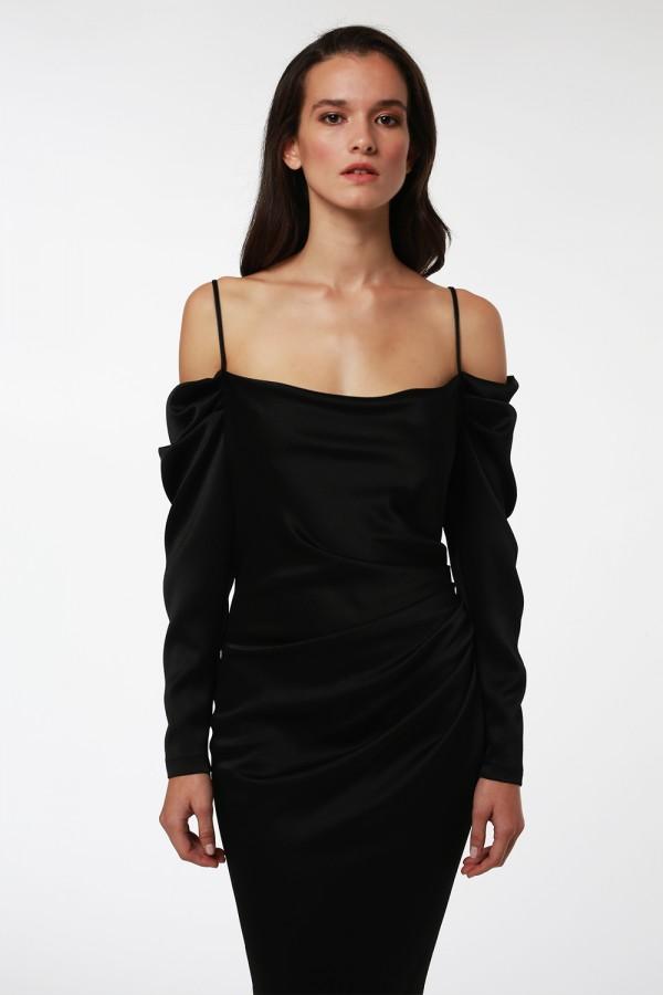 Siyah Drape Detaylı Elbise